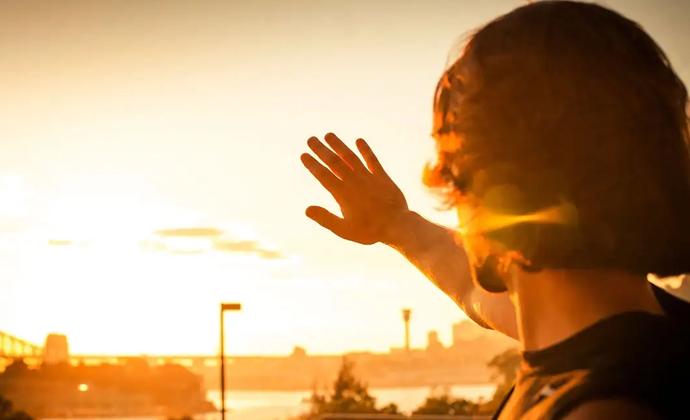 نور آفتاب، خشکی پوست و پیری