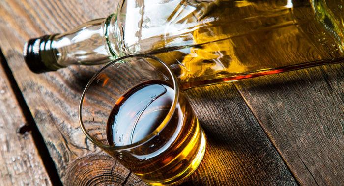 مشروبات الکلی و پوست